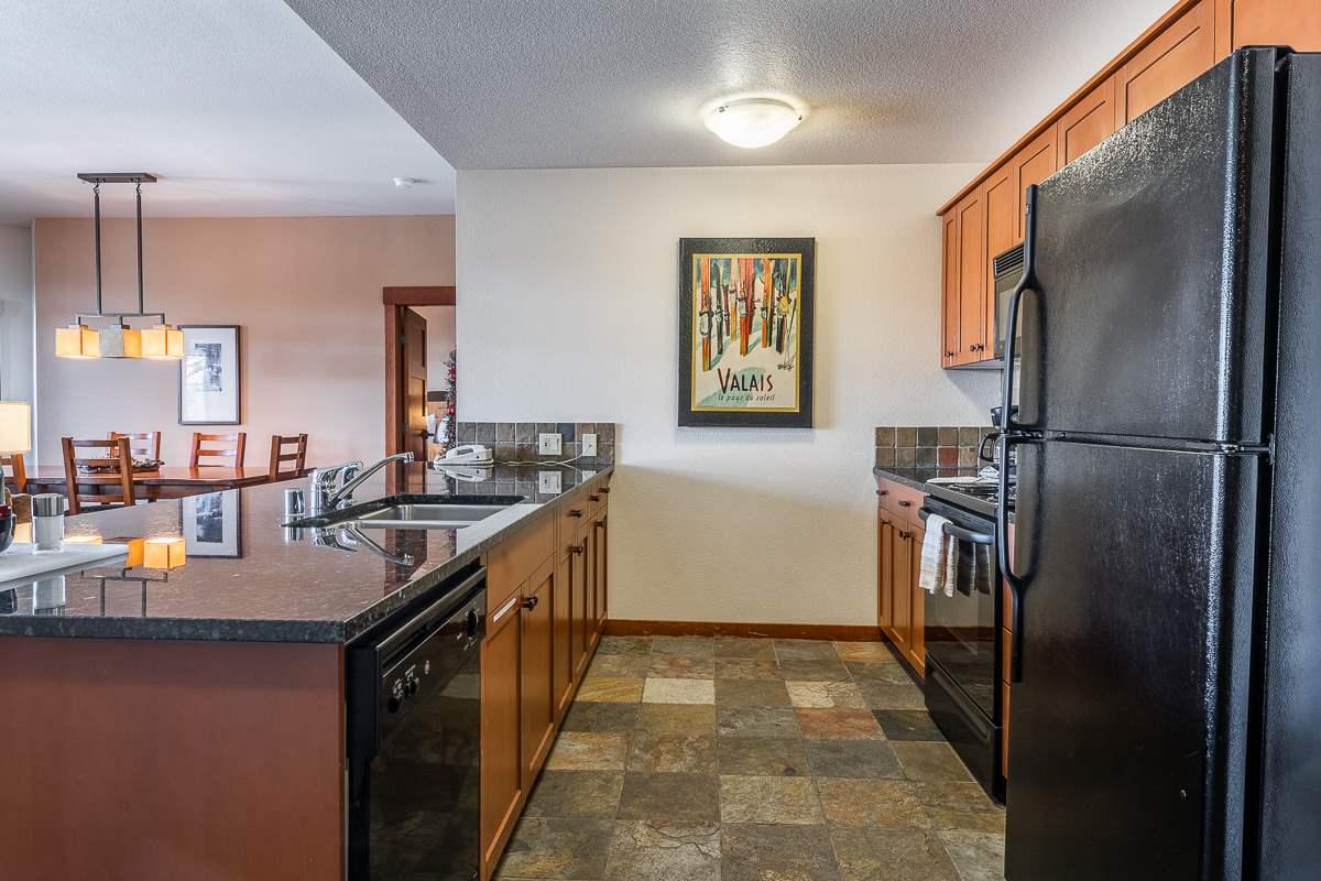 100 Canyon Blvd #3420, Mammoth Lakes, CA 93546