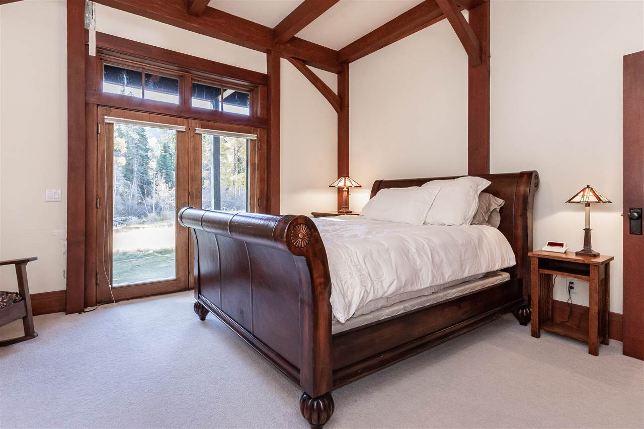 61 Meadow Court, Mammoth Lakes, CA 93546