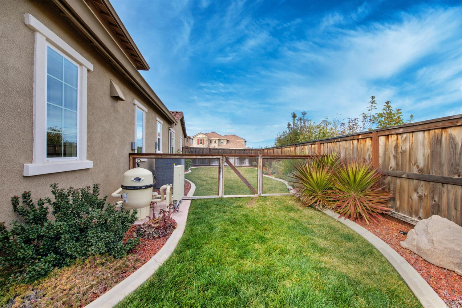 231 Deer Branch Lane, Vacaville, CA 95688