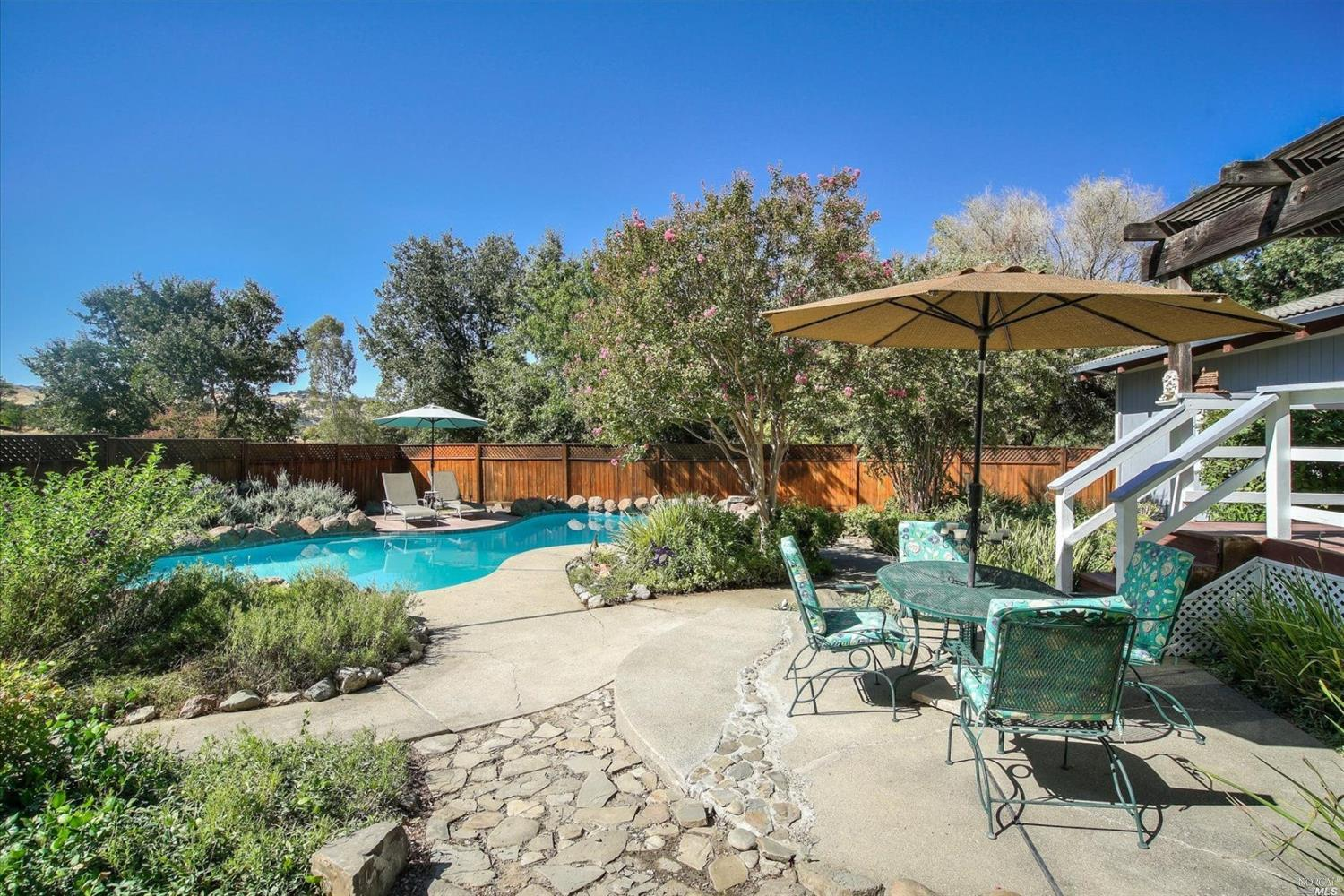 7487 Dry Creek Trail, Vacaville, CA 95688