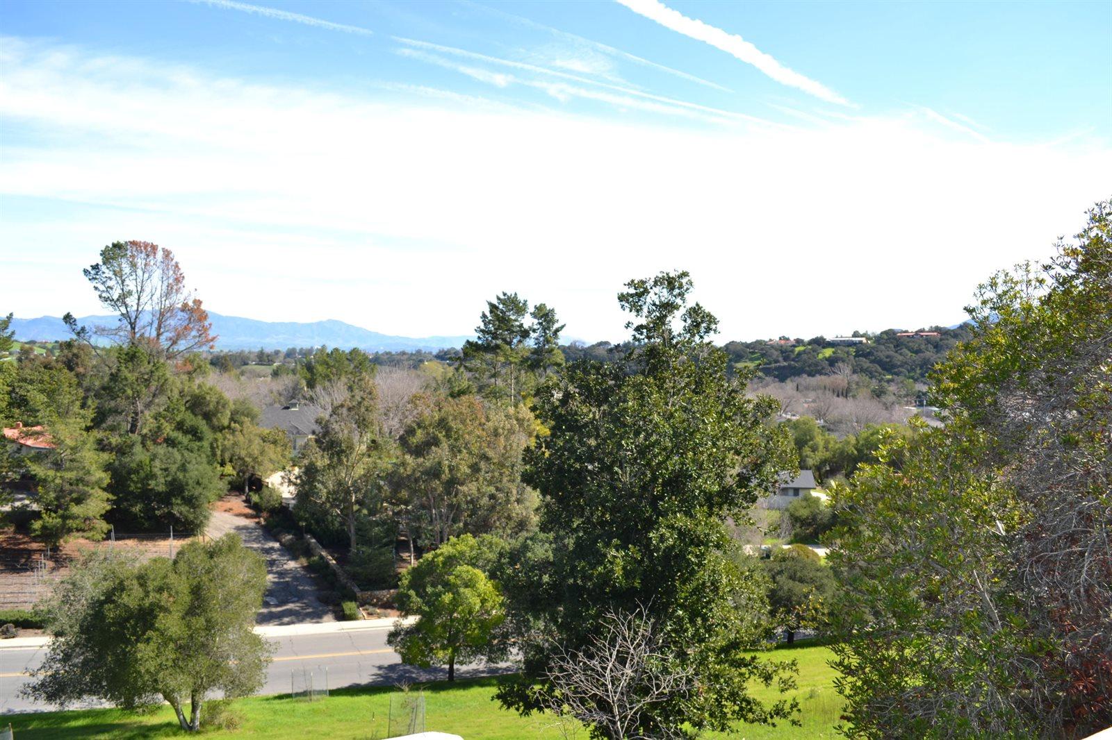 736 Hillside Dr, Solvang, CA 93463