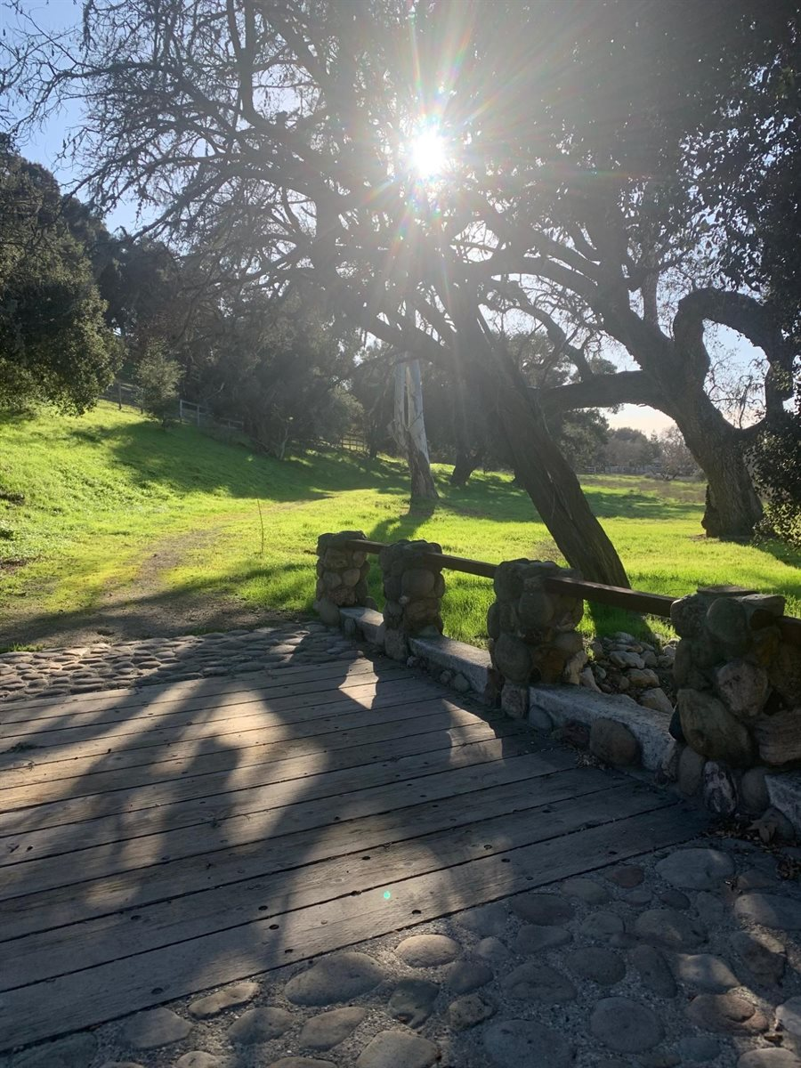 985 Old Ranch Rd, Solvang, CA 93463