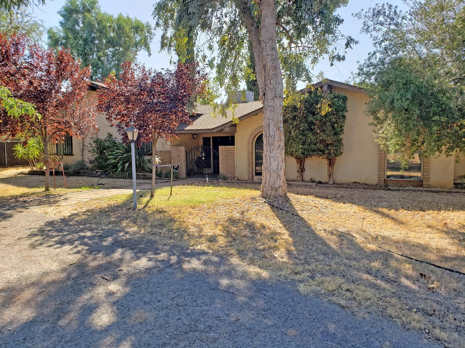 6691 North Locan Avenue, Clovis, CA 93619