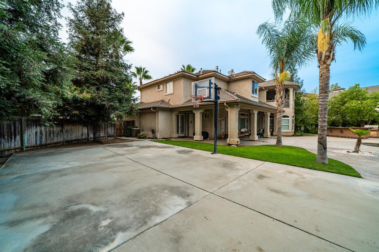 4462 North Heron Way, Clovis, CA 93619