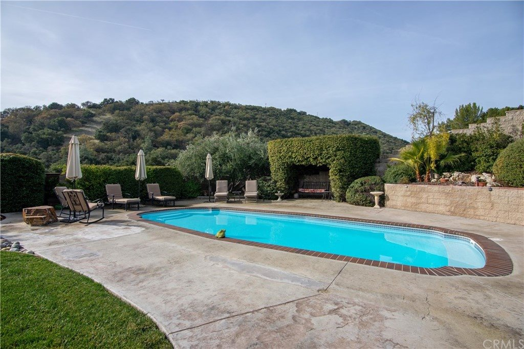 1203 Merry Hill Road, Paso Robles, CA 93446