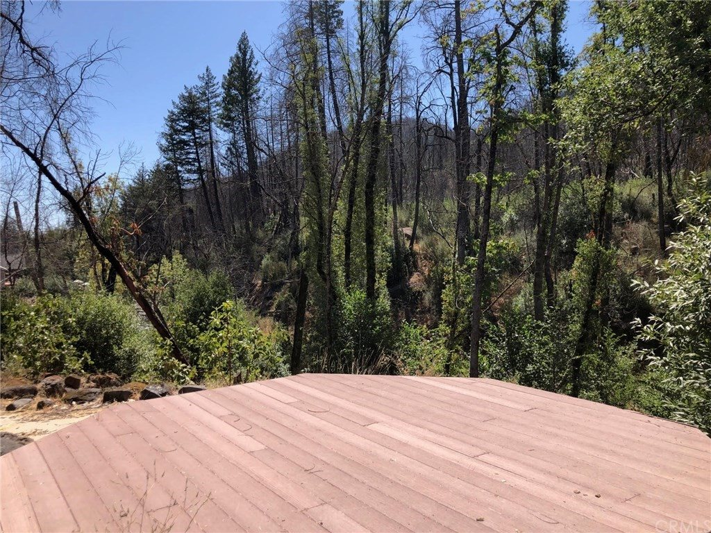 12211 Mead Road, Middletown, CA 95461