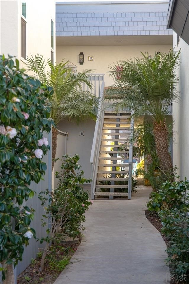 82 Antigua Court, Coronado, CA 92118