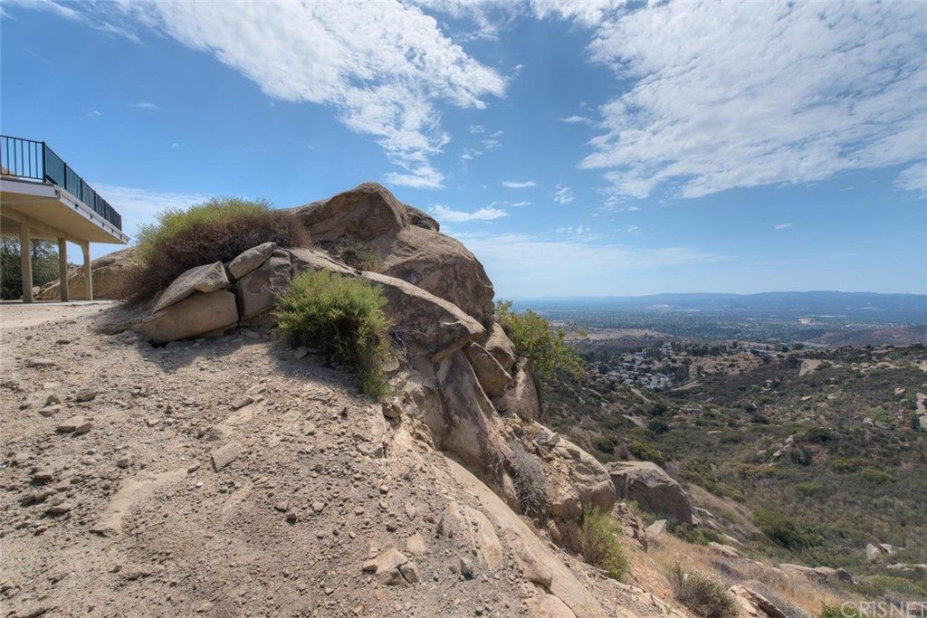 6300 North American Cut Off Road, Simi Valley, CA 93063