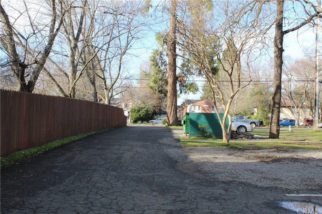 703 West 2nd Avenue, Chico, CA 95926