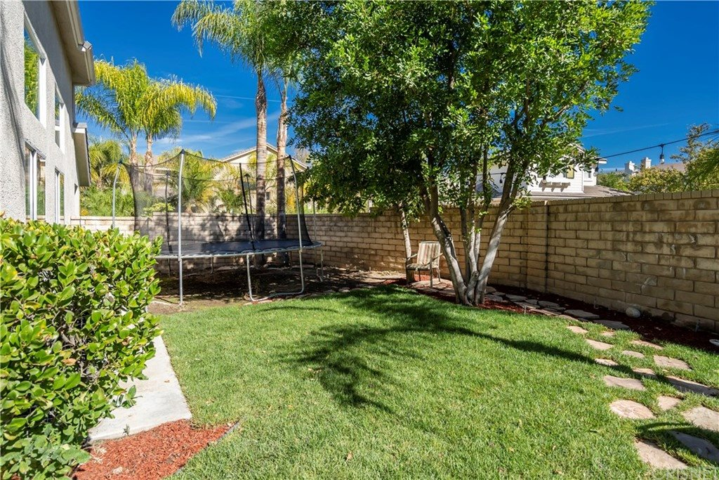 27501 Woodfield Place, Valencia, CA 91354