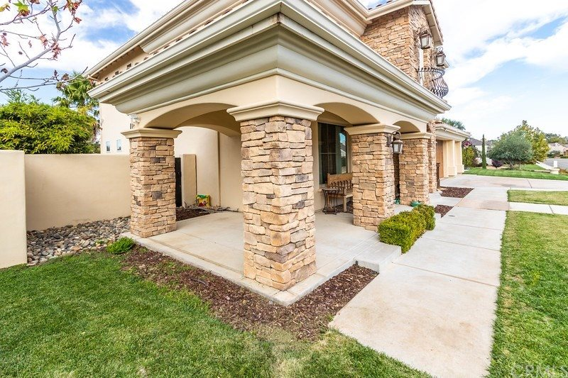 329 Cool Valley Drive, Paso Robles, CA 93446