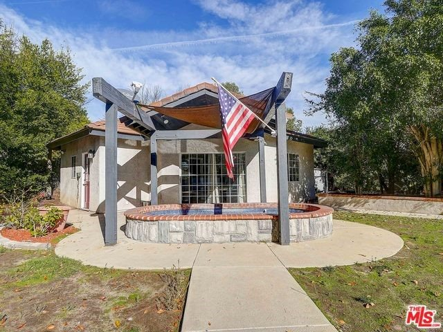 3042 Evelyn Avenue, Simi Valley, CA 93063