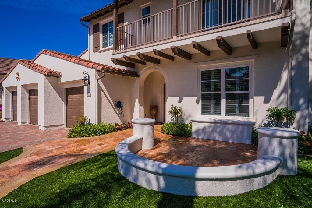 974 Clear Sky Place, Simi Valley, CA 93065