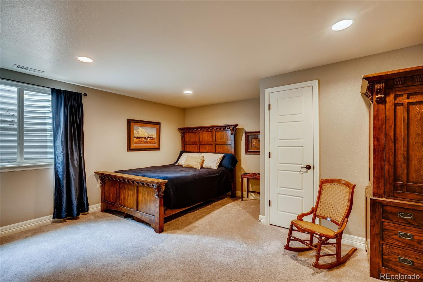 2024 Wood Thrush Way, Castle Rock, CO 80109