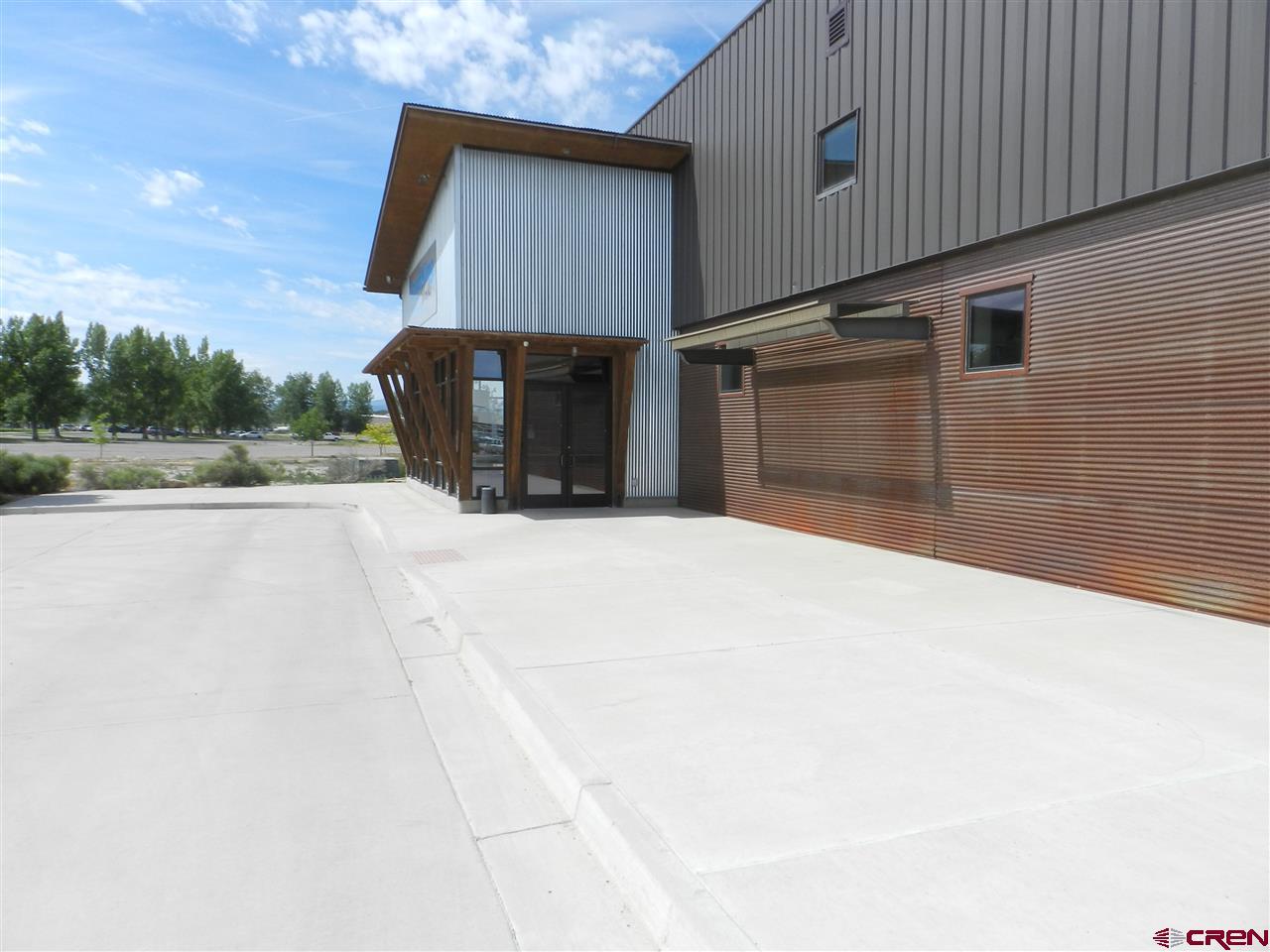 105 Merchant Drive, Montrose, CO 81401