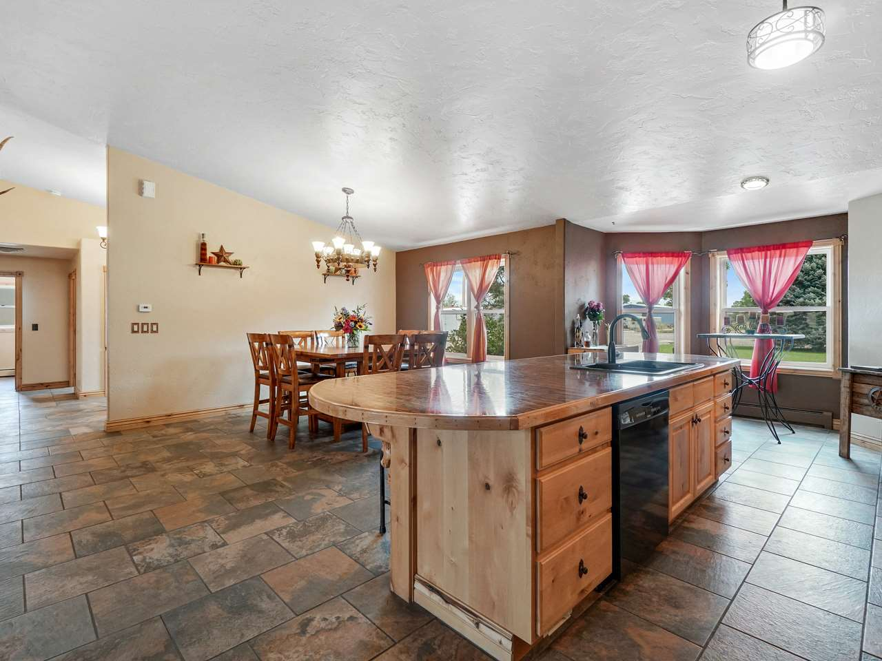 889 21 1/2 Road, #B, Grand Junction, CO 81505