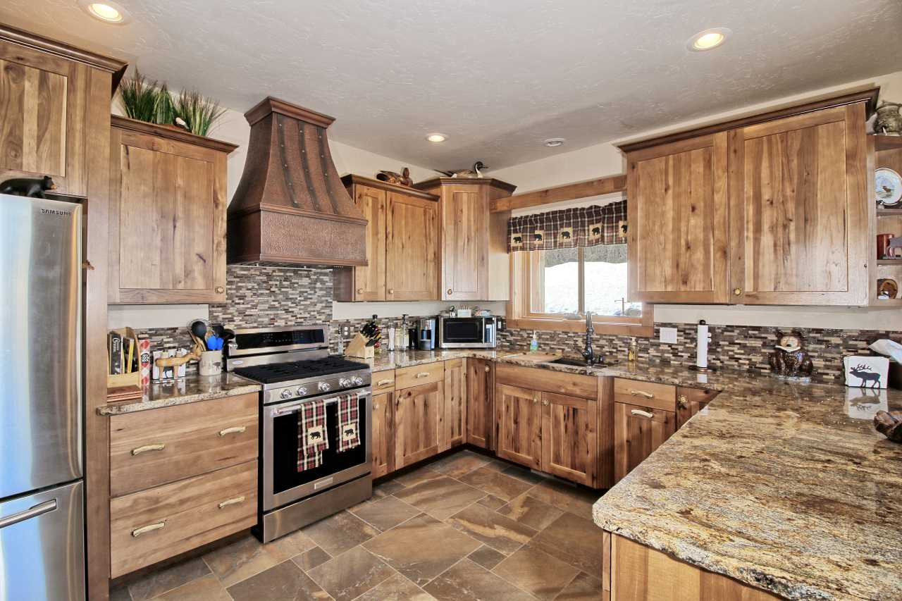 416 Coyote Run, Mesa, CO 81643