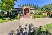 8619 Royal Estates Way, Fair Oaks, CA 95628