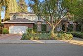 820 Ravenstone Circle, Modesto, CA 95355