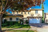 2913 Hillglen Avenue, Modesto, CA 95355