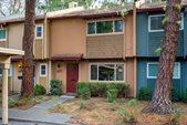 2074 Alta Loma, Davis, CA 95616