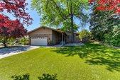 350 Diamond Oaks Road, Roseville, CA 95678