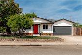 1100 Hickory Street, Roseville, CA 95678
