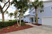4568 E Riverside Dr, Fort Myers, FL 33905