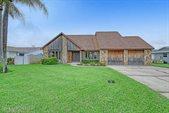 25 Fairway Drive, Cocoa Beach, FL 32931
