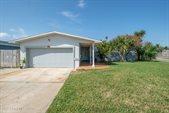 200 Jason Court, Satellite Beach, FL 32937