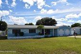 279 Glenwood Avenue, Satellite Beach, FL 32937