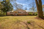 2800 Dogwood Acres, Crestview, FL 32536