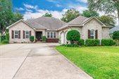 757 Woods Drive, Niceville, FL 32578