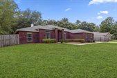 87 Oak Place Road, Freeport, FL 32439