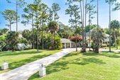 8623 Thousand Pines Court, West Palm Beach, FL 33411