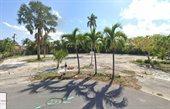 262 Worth Court South, West Palm Beach, FL 33405