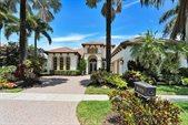8029 Cranes Pointe Way, West Palm Beach, FL 33412