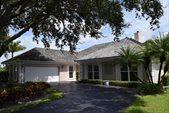 3985 SE Clubhouse Place, Stuart, FL 34997