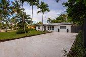 1656 Poinsettia Drive, Fort Lauderdale, FL 33305