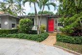 733 Sunset Road, West Palm Beach, FL 33401