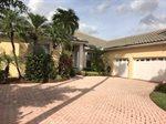 8933 Lakes Boulevard, West Palm Beach, FL 33412