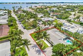 200 Elwa Place, West Palm Beach, FL 33405