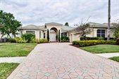 8973 Lakes Boulevard, West Palm Beach, FL 33412