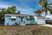 348 East Lakewood Road, West Palm Beach, FL 33405