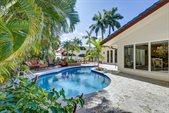 58 Nurmi Drive, Fort Lauderdale, FL 33301