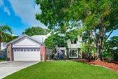 2250 SE Country Club Lane, Stuart, FL 34996