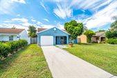 5952 SE Mitzi Lane, Stuart, FL 34997