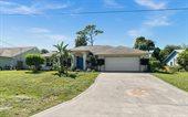 716 SE Hibiscus Avenue, Stuart, FL 34996