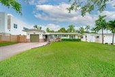 2618 Key Largo Lane, Fort Lauderdale, FL 33312