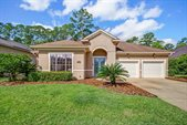 2388 Country Side Dr, Fleming Island, FL 32003